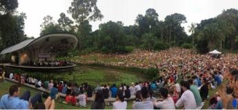 "Bon-Bon ""Sound Paints Music Across The Silver Screen"" @ Singapore Botanic Gardens"